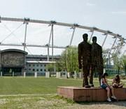 Przed Stadionem Śląskim