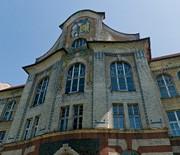 Plac Sikorskiego - Budynek IV LO