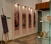 Hol - Wystawa szkła artystycznego