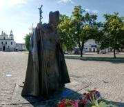 Rondo Daszyńskiego z kościołem św. Zygmunta