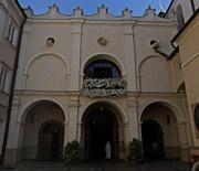 Wejście do Kaplicy Cudownego Obrazu i Furty Klasztornej