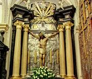 Nawa północna - ołtarz Krzyża Świętego